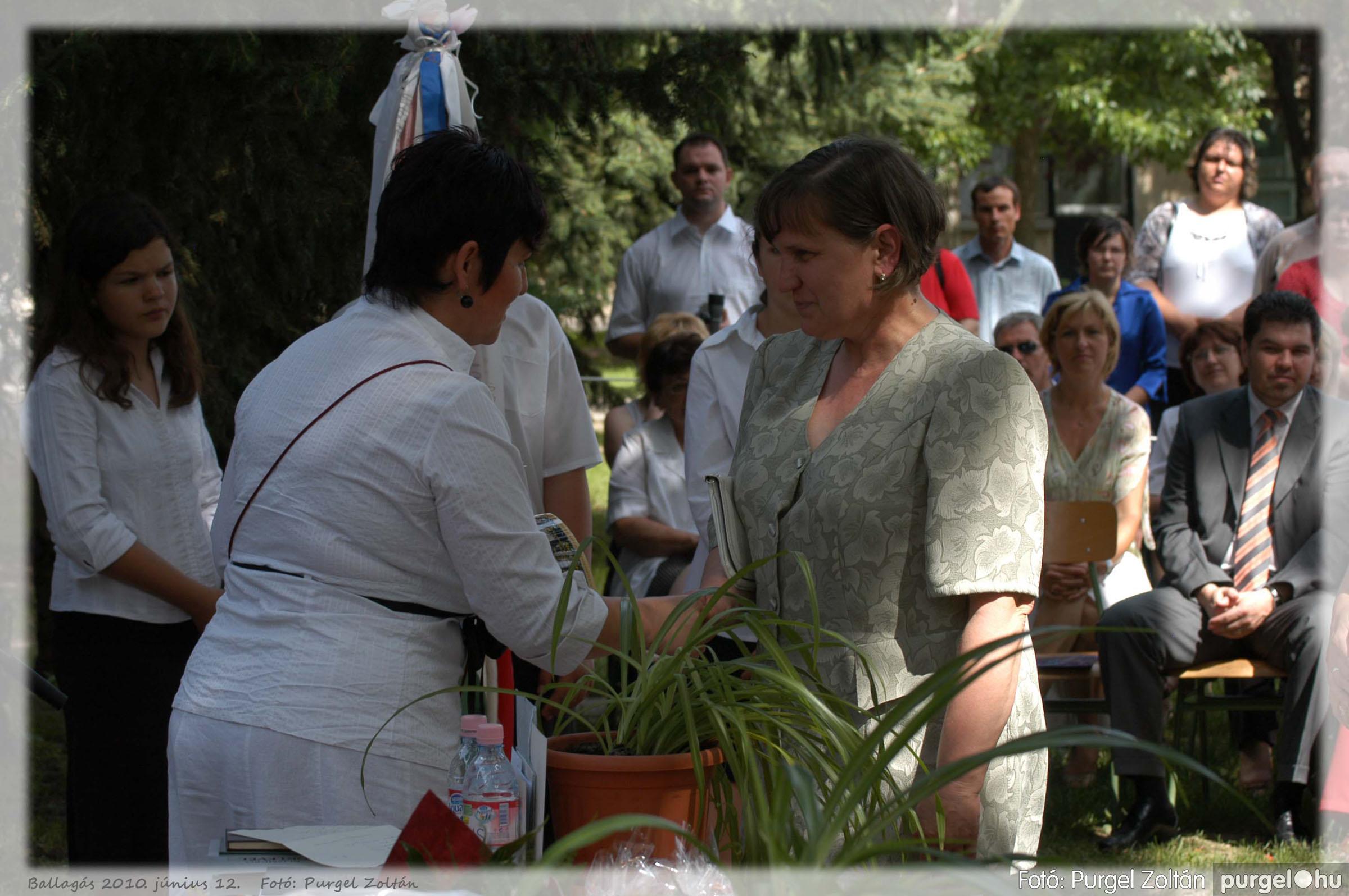 2010.06.12. 279 Forray Máté Általános Iskola ballagás 2010. - Fotó:PURGEL ZOLTÁN© 279.jpg