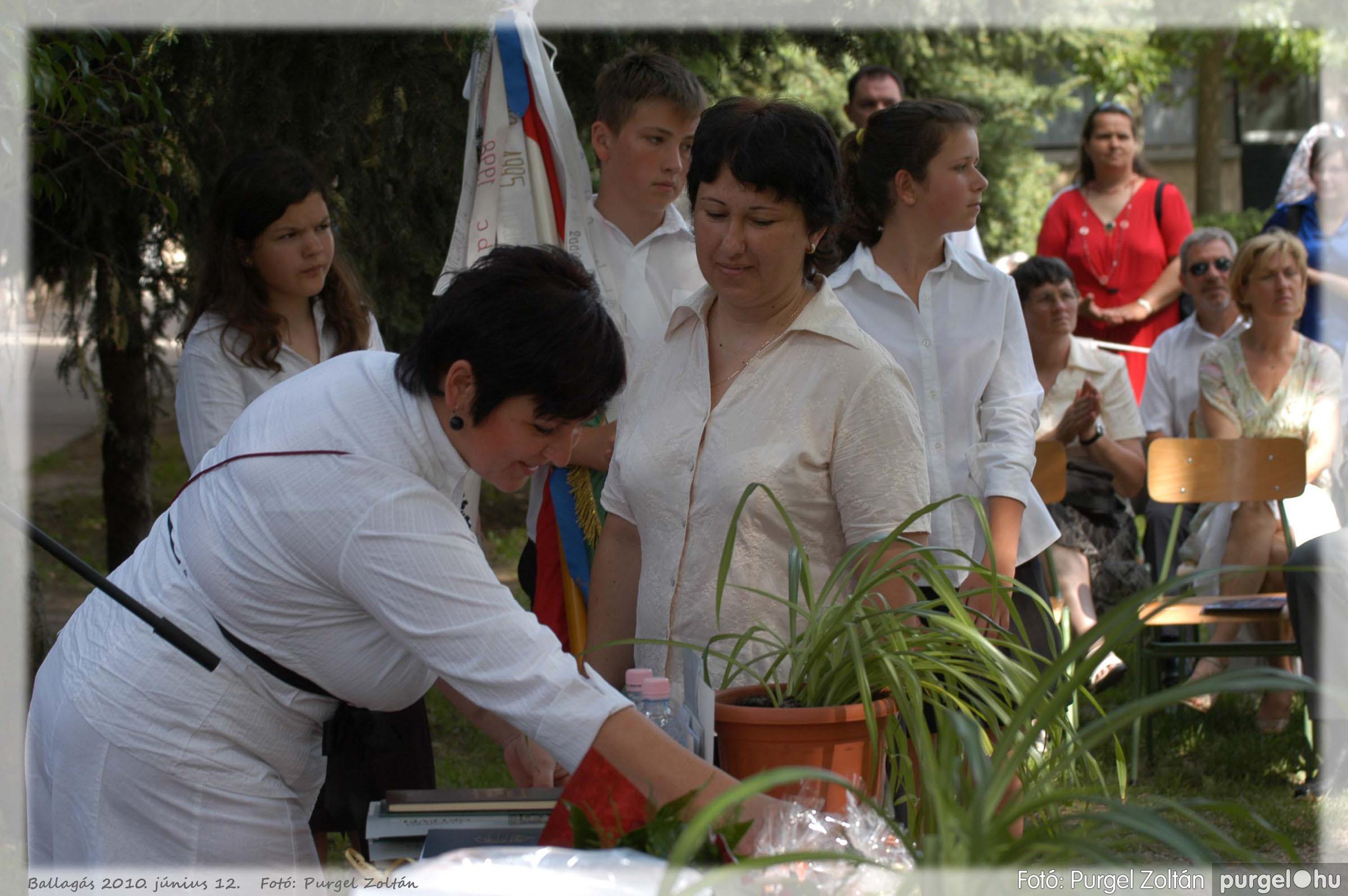 2010.06.12. 265 Forray Máté Általános Iskola ballagás 2010. - Fotó:PURGEL ZOLTÁN© 265.jpg