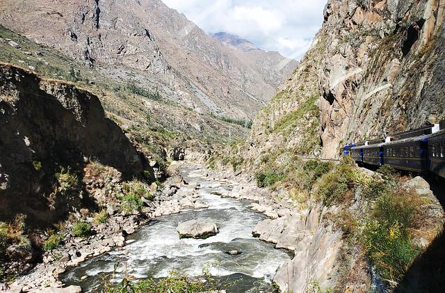 Cusco - Aguas Calientes - Train