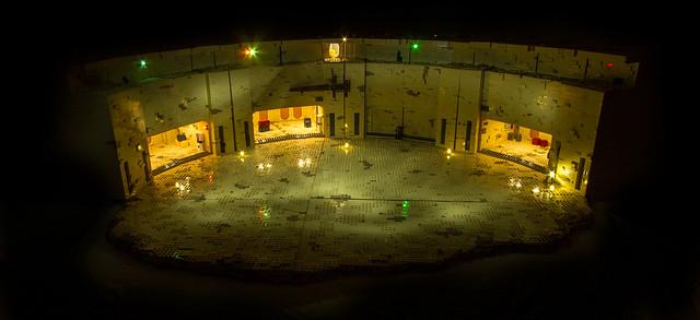 LEGO Tatooine Mos Eisley docking bay lights