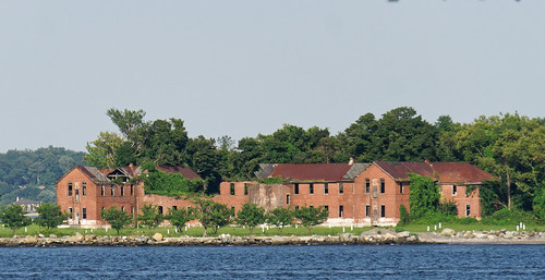 Hart Island, The Bronx | by cisc1970