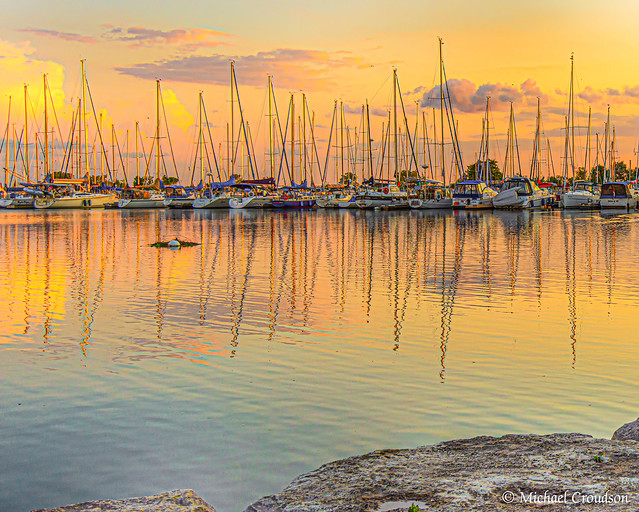 Lakeshore Yacht Club, Mississsauga at Sunset