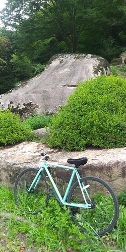 두바퀴 아침산책길 | 용유리-동천암-병천-쌍용계곡