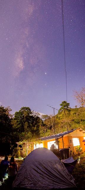 Milkyway con luna y un poco de naturaleza.