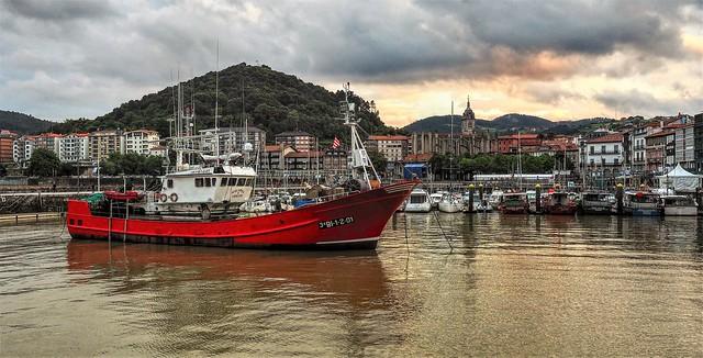 El Puerto de Lekeitio.  Bizkaia.