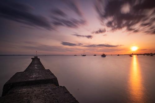 essex shoeburyness southend sunset boats lowtide jetty riverthames