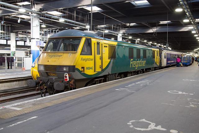 Freightliner 90042 London Euston
