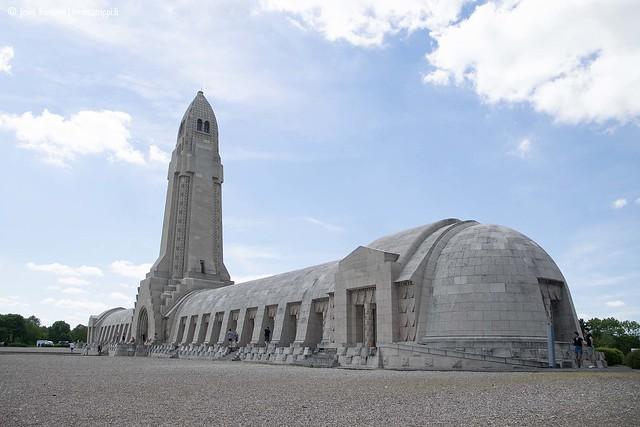 Douaumontin ossuaari