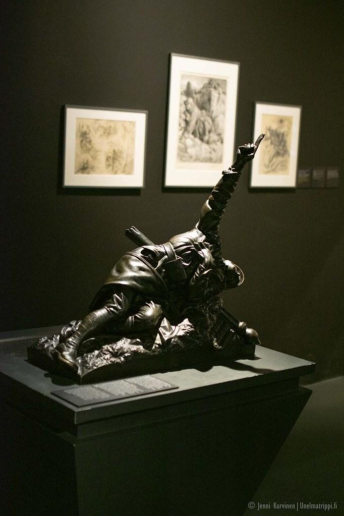 Patsas Verdun Memorialin näyttelytiloissa