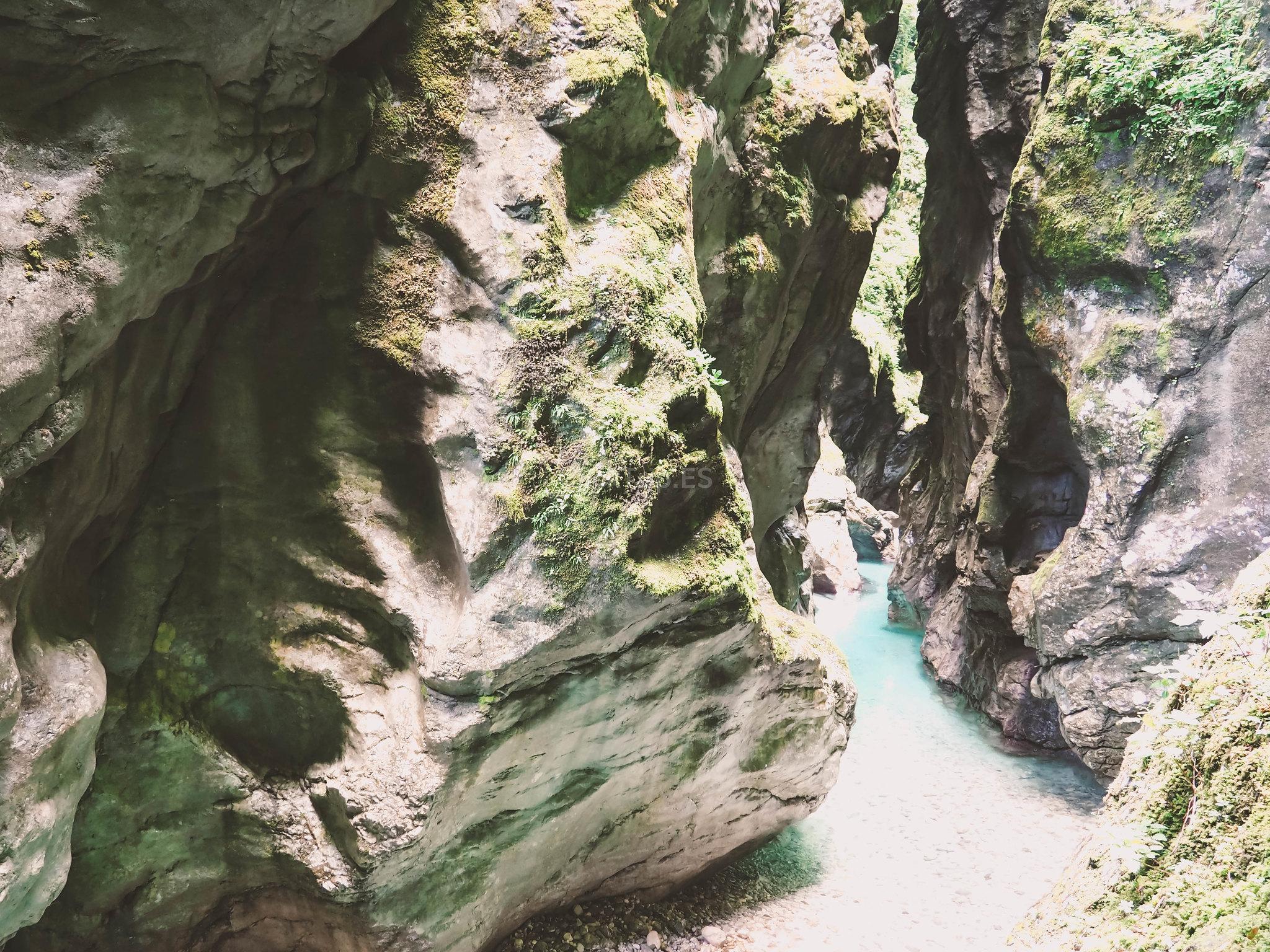 Gargantas de Tolmin | Eslovenia en Coche | Ruta y preparativos para viajar y visitar Eslovenia | ClickTrip.ES