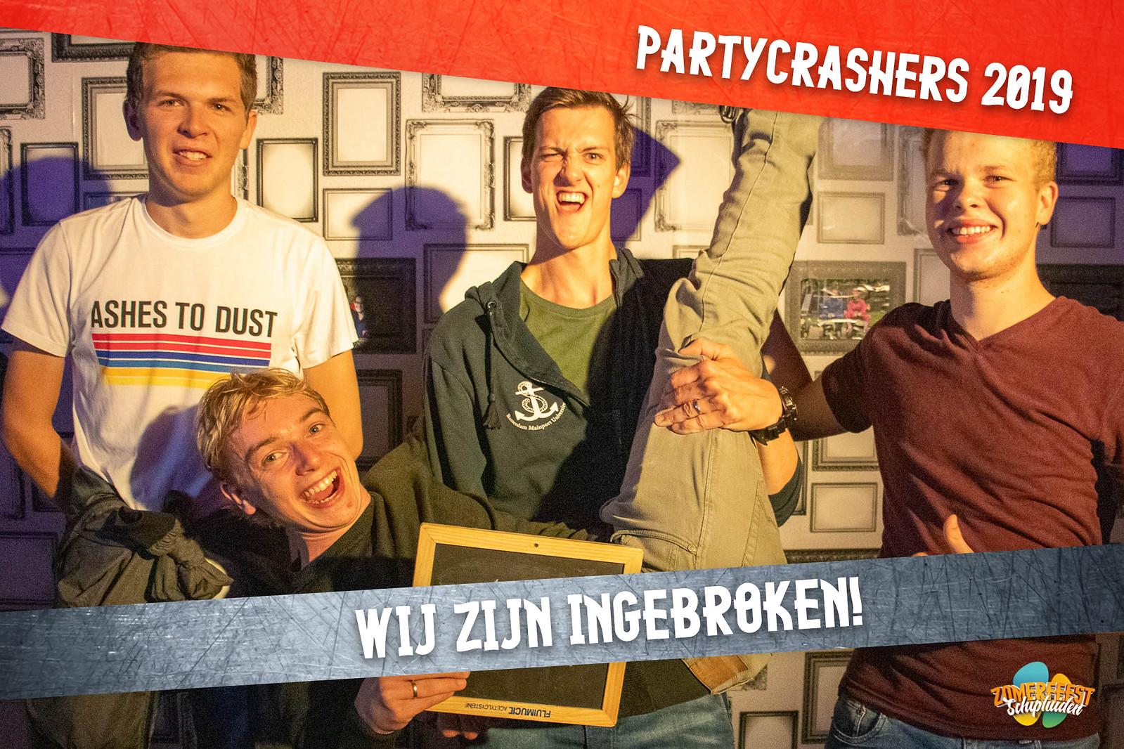 partycrashers-33_0004_Rood copy 2