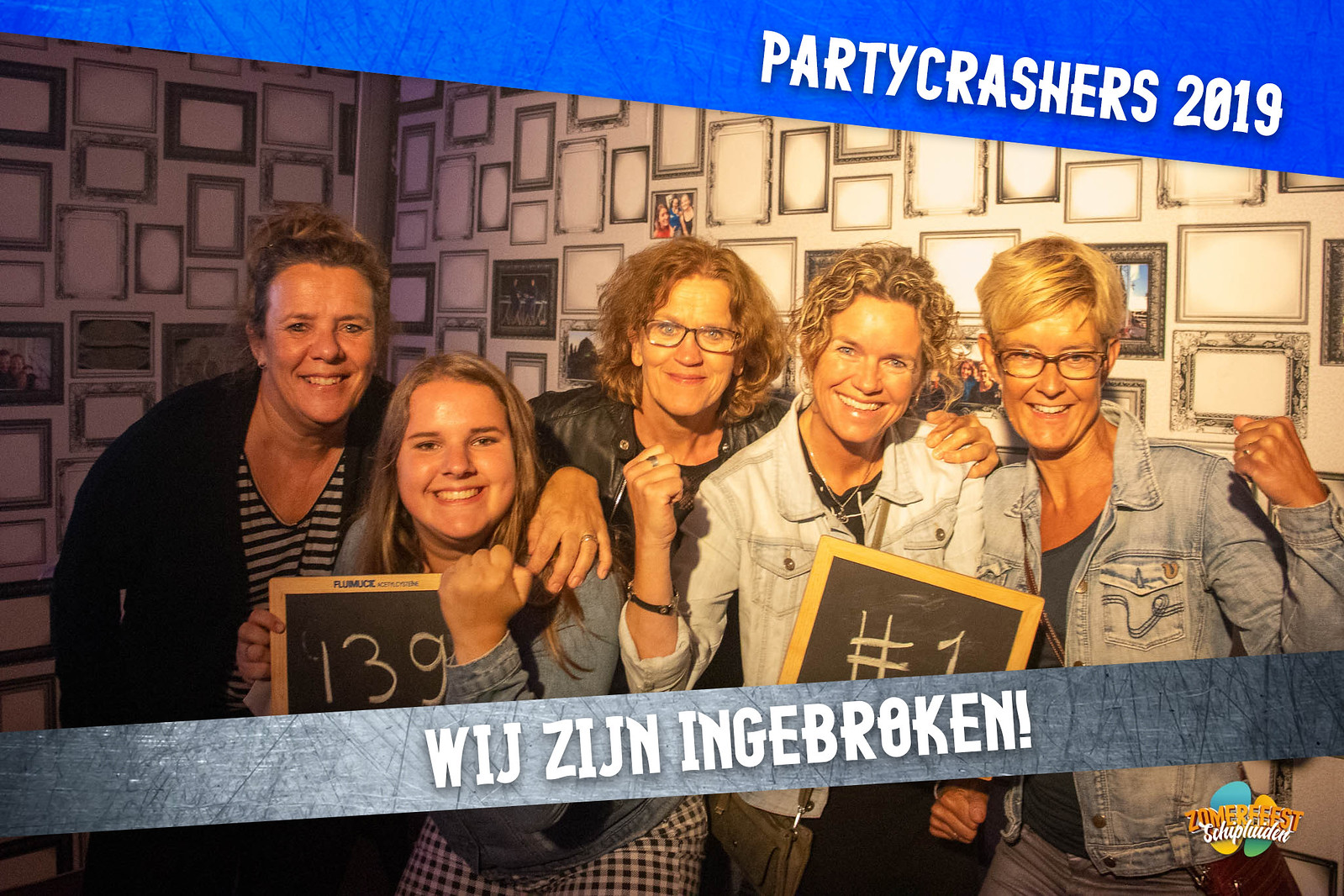 partycrashers-33_0009_Blauw copy