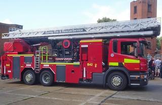 Surrey Fire & Rescue Service (EJ15 OVP)
