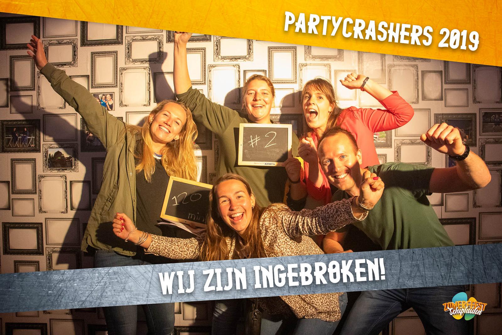 partycrashers-33_0008_Oranje copy 2