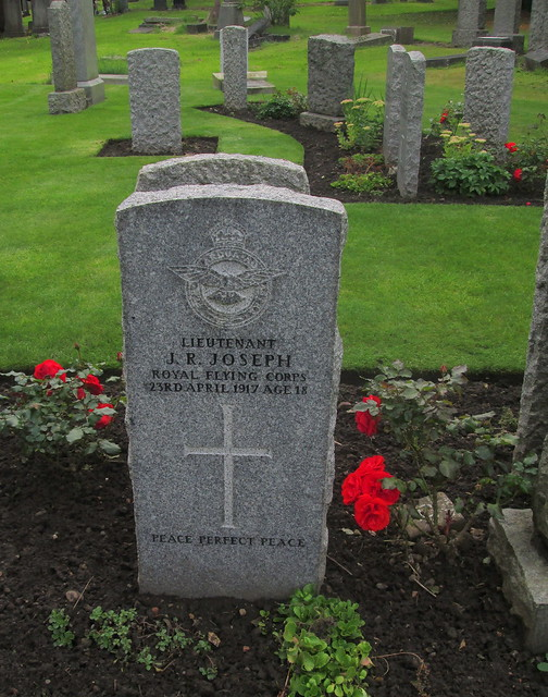 Comely Bank Cemetery, Edinburgh, War Graves