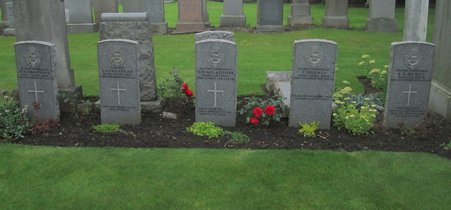 Six War Graves, Comely Bank Cemetery, Edinburgh