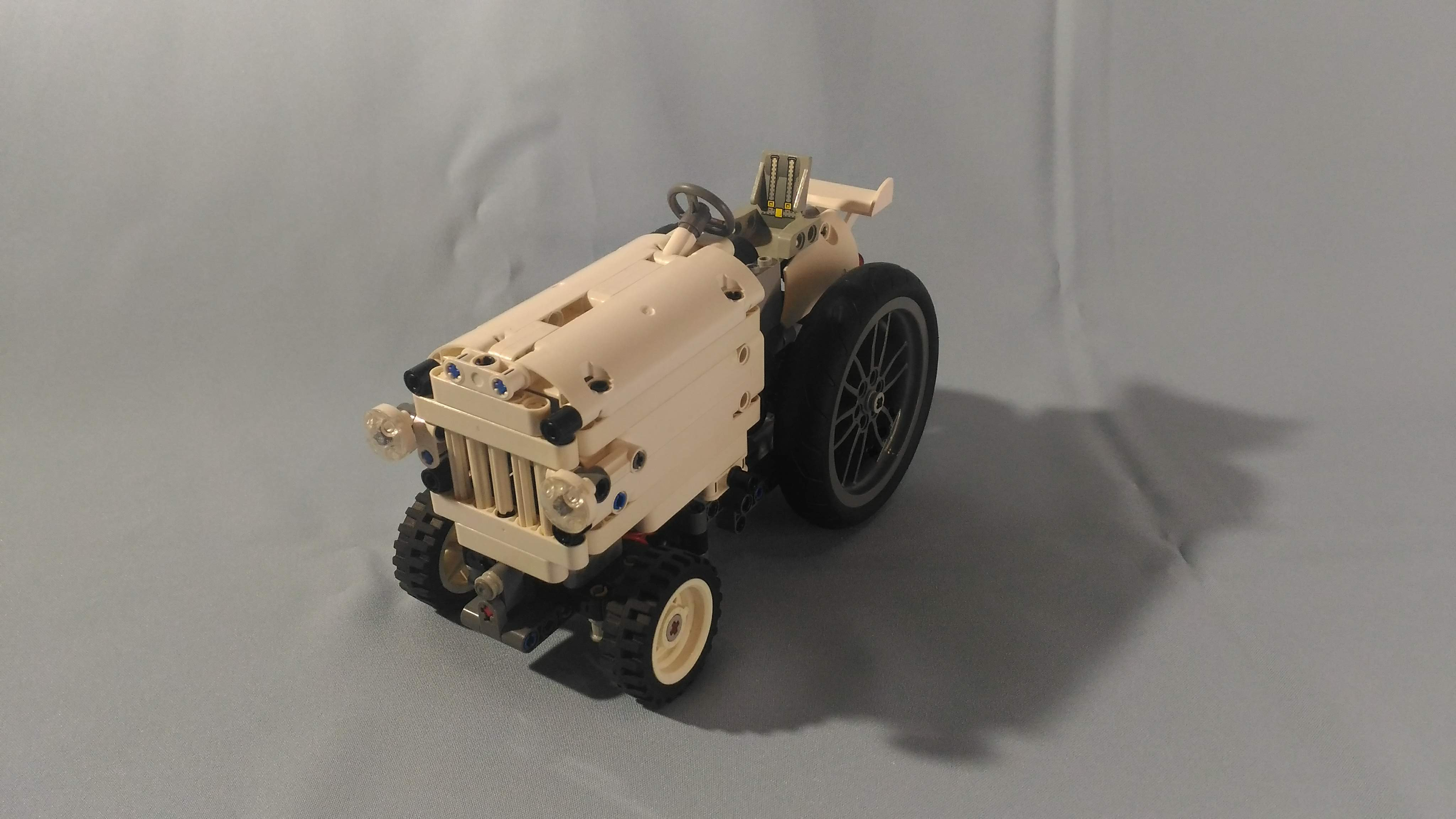 Ford 8N Tractor V2