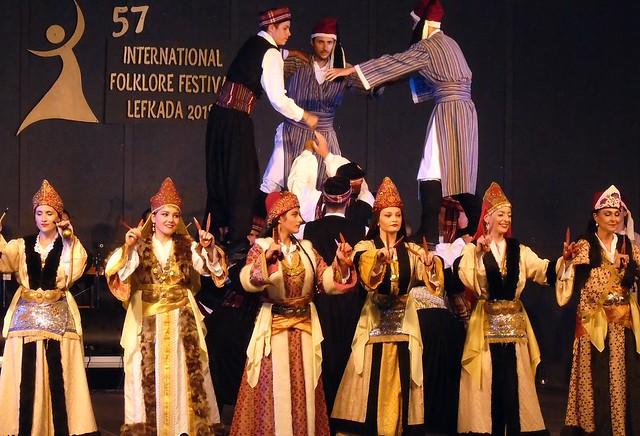 Η Νέα Χορωδία στο Φεστιβάλ Φολκλόρ (+ Χιλή, Ρωσία, Ισπανία, Τουρκία)