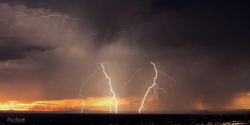 lightning sunset clouds storm elpaso texas transmountainroad landscape sonya7iii sigmamc11 canonef70200mmf28lisiiusm oblong