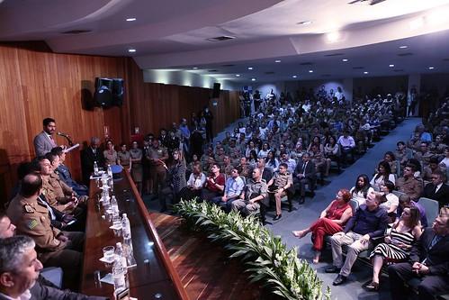 20 anos dos Colégios Militares de Goiás
