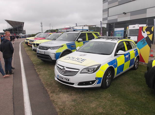 Northamptonshire Police Vauxhall Insignia (VX14 YKM)