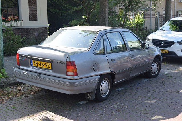 Opel Kadett Life C1.6NZ Automatic 1990