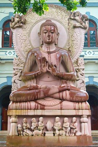 buddha srilanka reise travel kandy welt world urlaub holidays asien asia landschaft landscape strasenfotografie zahntempel templeofthetooth sridaladamaligawa streetfotography