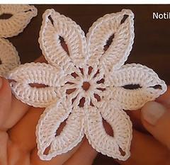 Crochet-Lace-Flower
