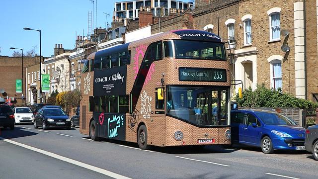 Arriva London - LT537 - LTZ1537 - CoachUK