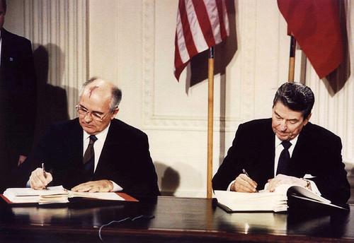 Gorbachev & Reagan signing treaty 8 Dec 1987