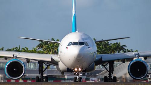 aviation plane aircraft photo wiew view guadeloupe tffr ptp raizet spotting planes friends