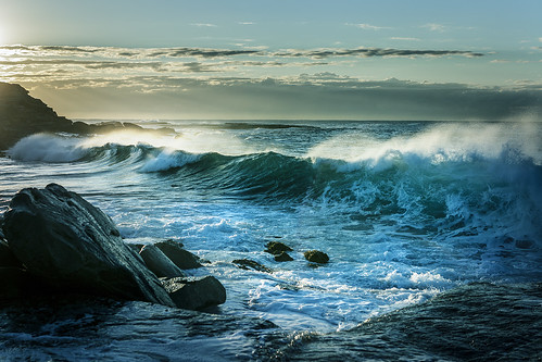 beach sydney australia bronte ocean seascape water sunrise rocks surf waves spray