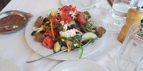 creatan-salad