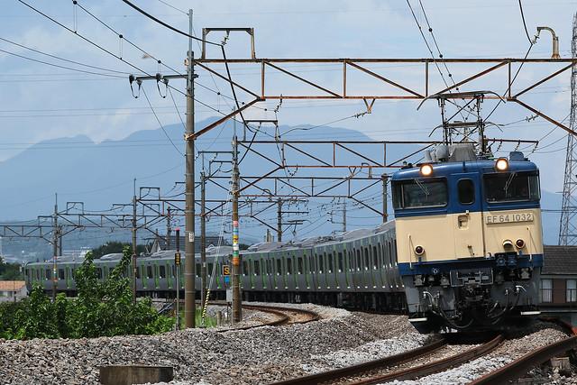 9772レ EF64-1032+E235系