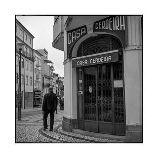 street corner • porto, portugal • 2019