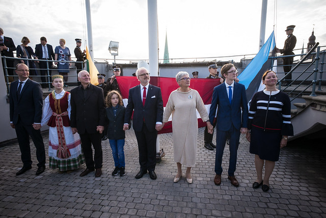 Valsts prezidents Egils Levits piedalās Baltijas ceļa 30. gadadienai veltītajos pasākumos