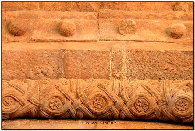 Detalls, Monestir de Sant Joan les Fonts (la Garrotxa)
