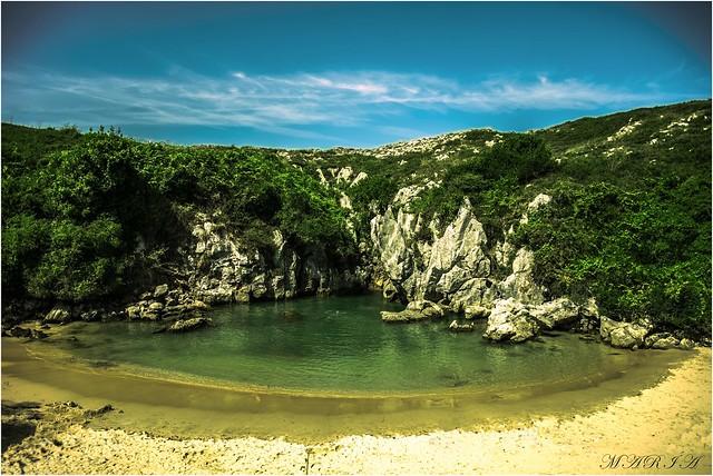 Playa de Gulpiyuri. Llanes.