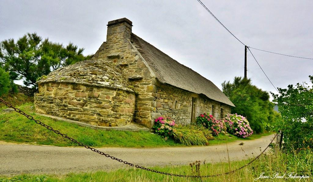 Ecomusée du four à pain de Kéristenvet en Plozévet    Finistère  /  Bretagne