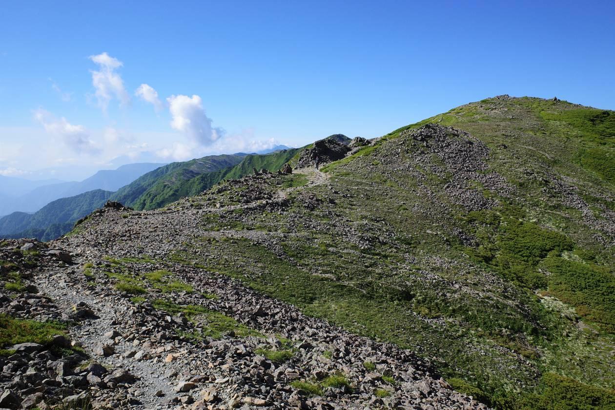 農鳥岳~広河内岳の稜線登山
