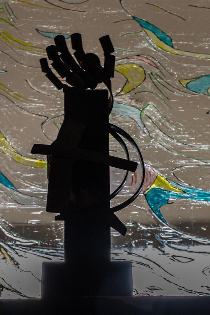Trofeu - Obra de l'artista local Josep Alfons - Foto Valerià Benetó