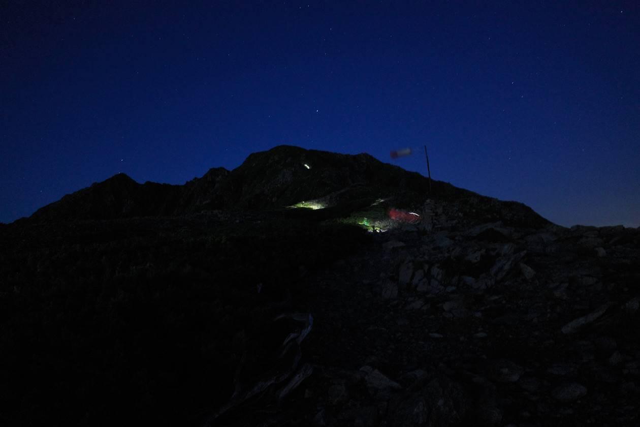 北岳山荘から間ノ岳へ