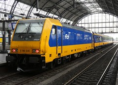 NS locomotive E 186 035 at Amsterdam Centraal