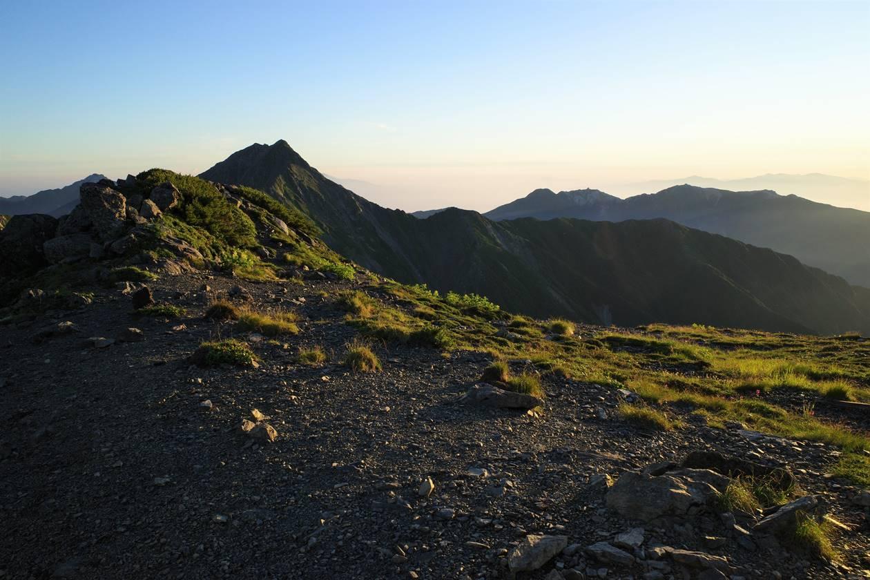 北岳~間ノ岳の稜線