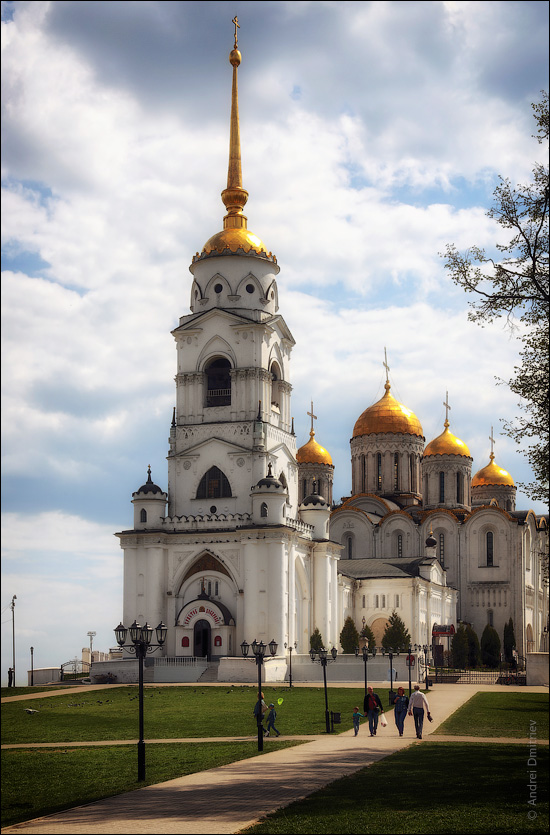 Bell Tower of Assumption Cathedral, Vladimir, Russia [OC] [550x835]