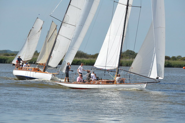 River Cruiser class yachts racing at Oulton Broad