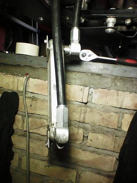 Hladnjak ulja, pregrade u karteru i druga resenja za bolje podmazivanje motora 48608180408_0e19675666_z