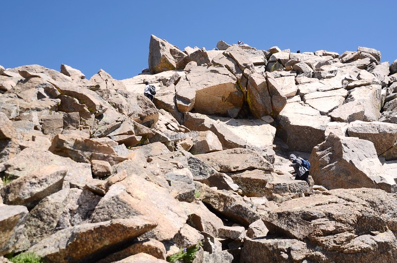 The final summit pitch, climb up through the rocks to reach the top (6)