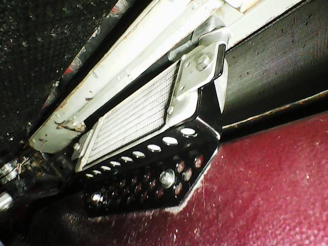 Hladnjak ulja, pregrade u karteru i druga resenja za bolje podmazivanje motora 48608541266_d12cc523ac_z