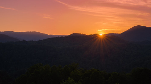 outsiide outdoors nature rural mountains blue ridge evening night sony alpha a7rii ilce7rm2 shooter be tamron 2875mm tannessee tn highway interstate hills green sunset dusk sky clouds cherokee national forest wilderness wild remote tamron2875